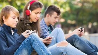 ADOLESCENTI: UNA SEPARAZIONE PER ESSERE
