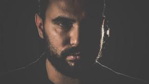 Il musicista e cantante siciliano: ROBERTO RAJMONDI