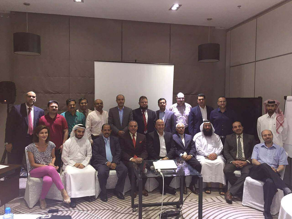 Dr. Mazen Sinjab is one of the pillars and foundation board of the Bahrain Ophthalmology Club. Dr. Mazen Sinjab contributed to the 1st foundation symposium by a number of lectures.
