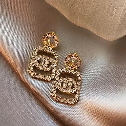Dangling Fashion Earrings Gold