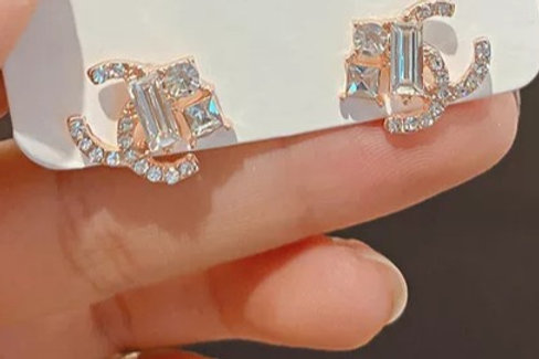 Crystal Diamond Stud Earrings
