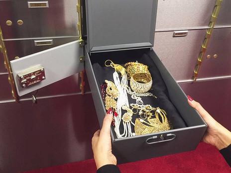 How do I choose a safe deposit box supplier/manufacturer?