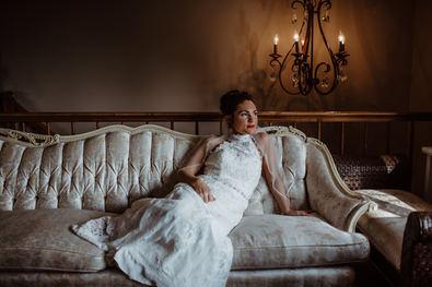 Bridal portraits in the Loft