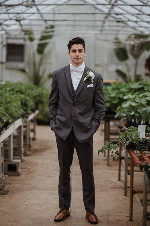 10 Greenhouse Groom Robbie Ryan 2.jpg