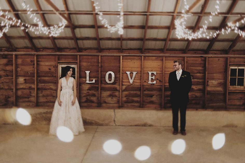 all-inclusive barn wedding venue near chicago