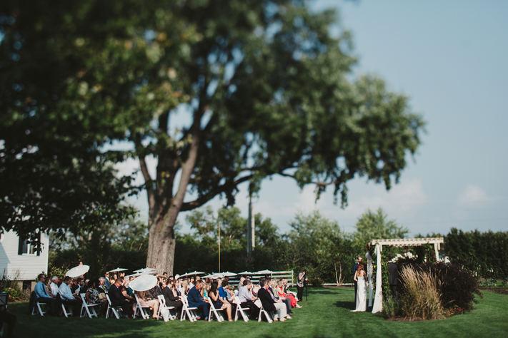 Outdoor wedding ceremonies near Geneva, Illinois