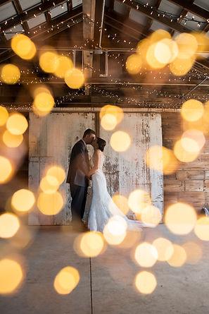 barn wedding ceremony in chicago western suburbs