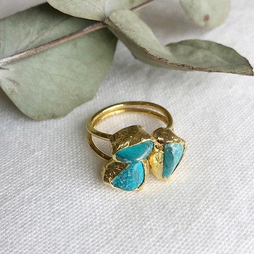 Nah Triple Stone Ring