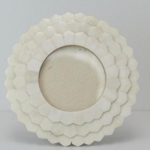 Round White Frame