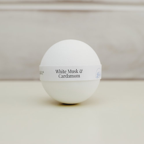WHITE MUSK & CARDAMOM Bath Bomb 200g