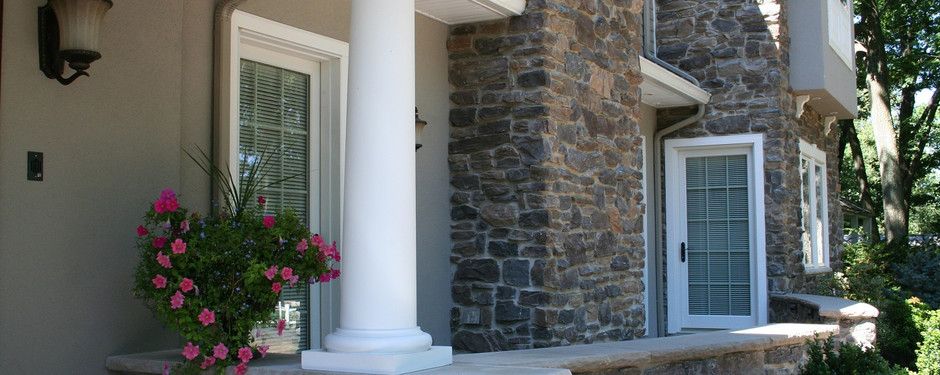 Beautiful entrance made by custom home builders in Upper Saddle River, NJ