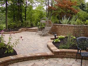 Modern patios in Newbury, OH
