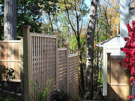 How a Fence Contractor Keeps Safety in Mind in Ramsey and Saddle River, NJ, Areas
