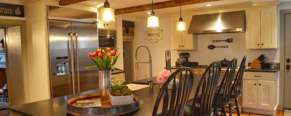 Amazing kitchen by general contractors near me in Upper Saddle River, NJ