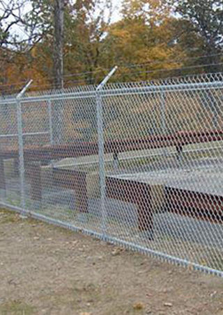 Quality chain link fence - commercial fencing in Franklin Lakes, NJ