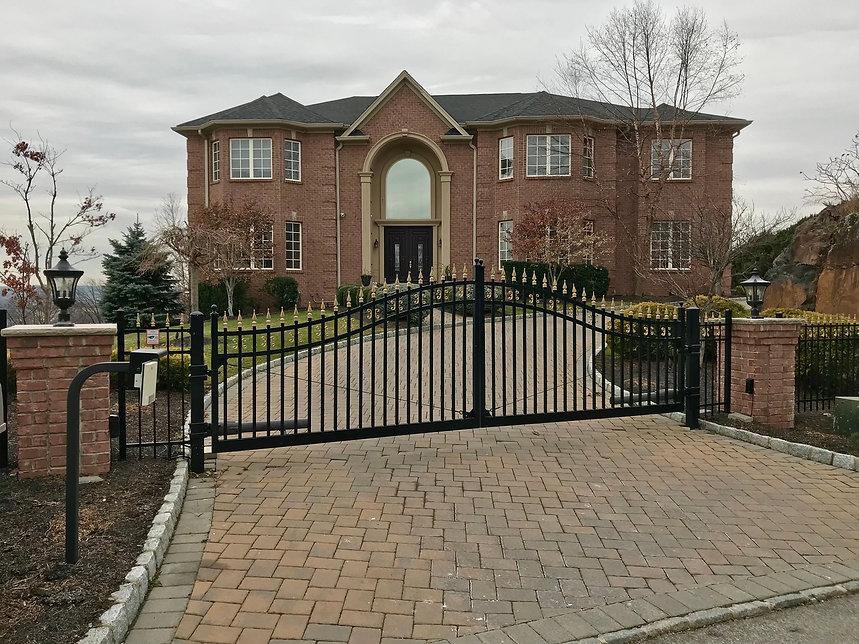 Top automatic gate opener in Essex Fells, NJ