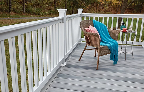Beautiful vinyl railing Westchester County NY | Modern aluminum railing Westchester County NY