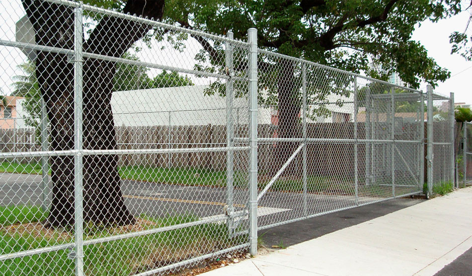 Warehouse chain link fence in Ramsey NJ