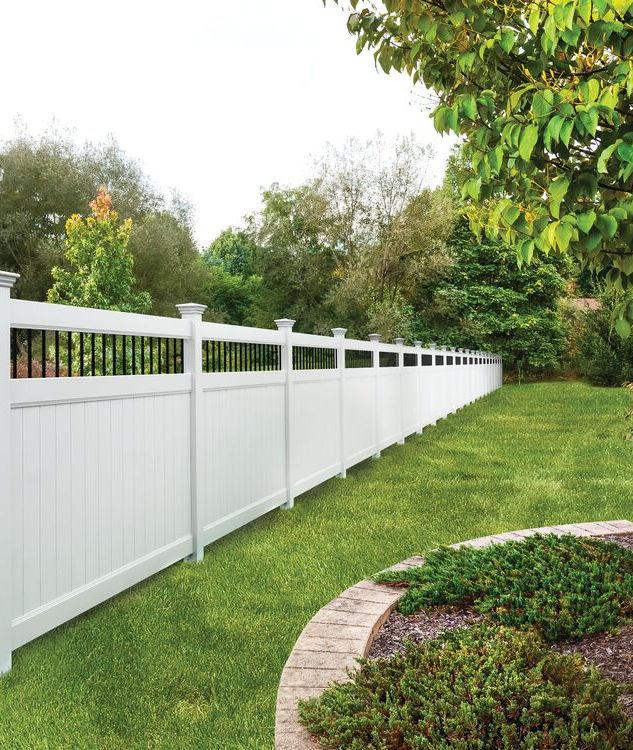 Beautiful white vinyl fence in Orange County, NY