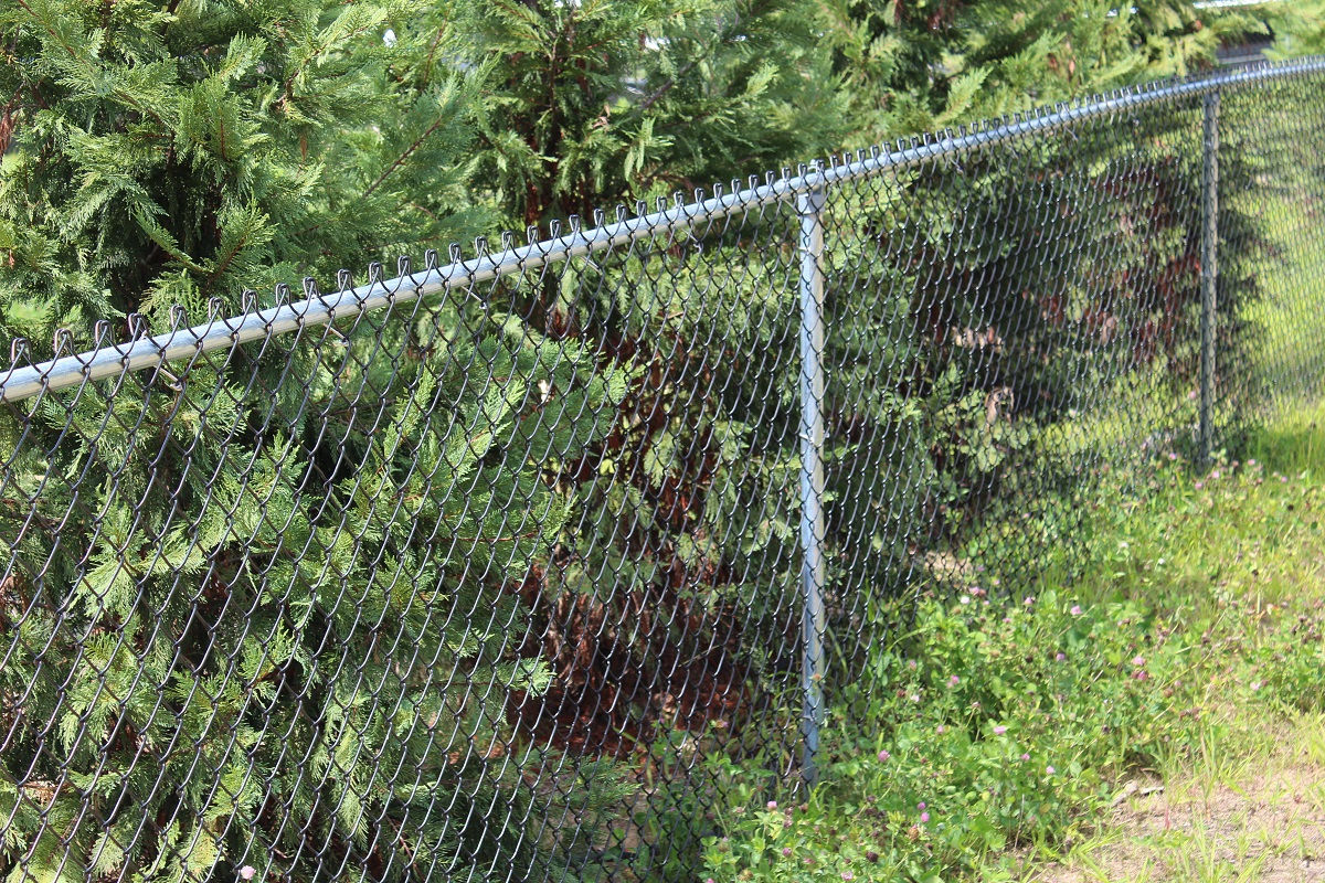 Chain link fence istallation in Mountain Lakes, NJ