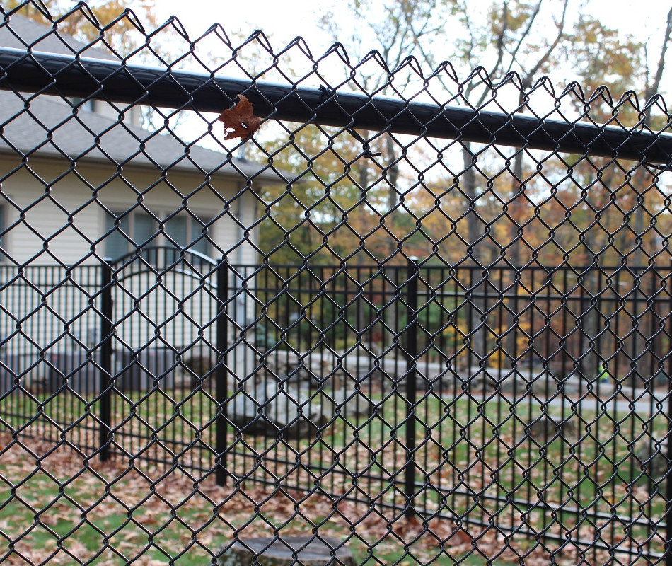 Beautiful chain link fence in Rockland County NY