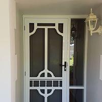 colonial door5