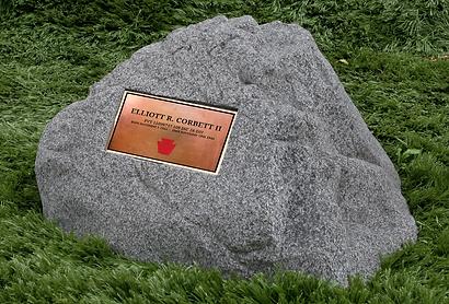 Elliott-Corbett-memorial-stone.png