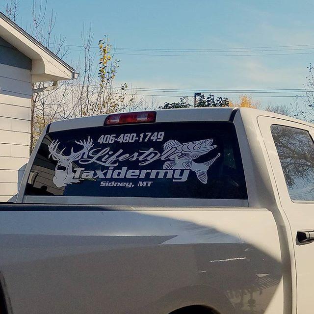 Lifestyles Taxidermy Truck Back Window Decal