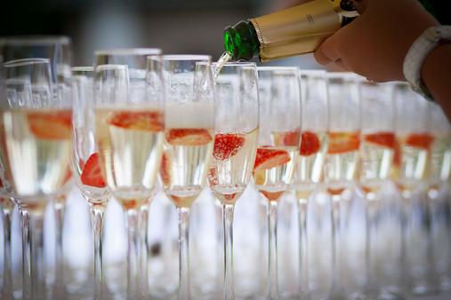 champaigne-glasses-with-strawberries.jpg