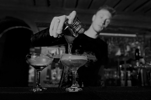 bartender-2-BW.jpg