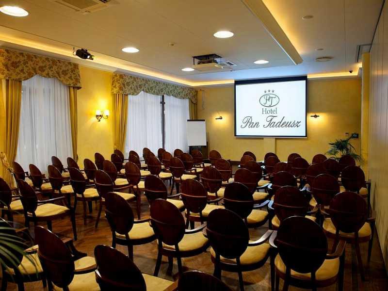 Konferencje Pan Tadeusz.jpg