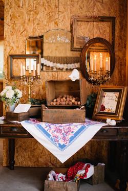 Vintage-Desk,-Crates,-Mirrors,-Frames