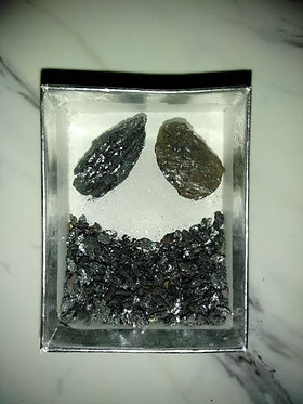 Box 'O Rocks Aulmauracite - Large