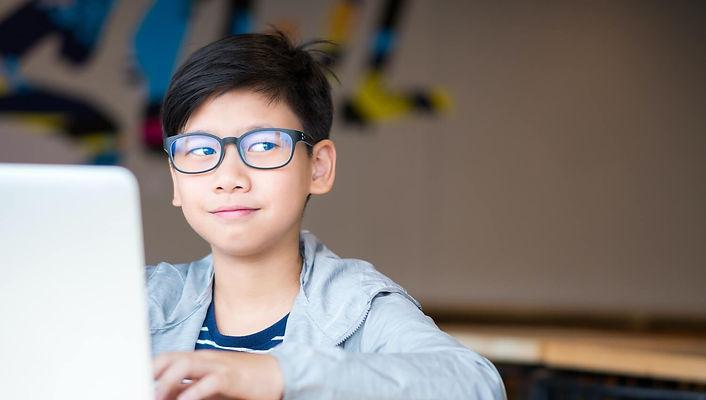 kids-myopia-eye-candy-optical%20(1)_edit