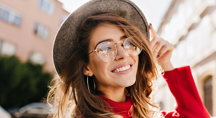 woman-with-hat-wearing-glasses (1).jpeg