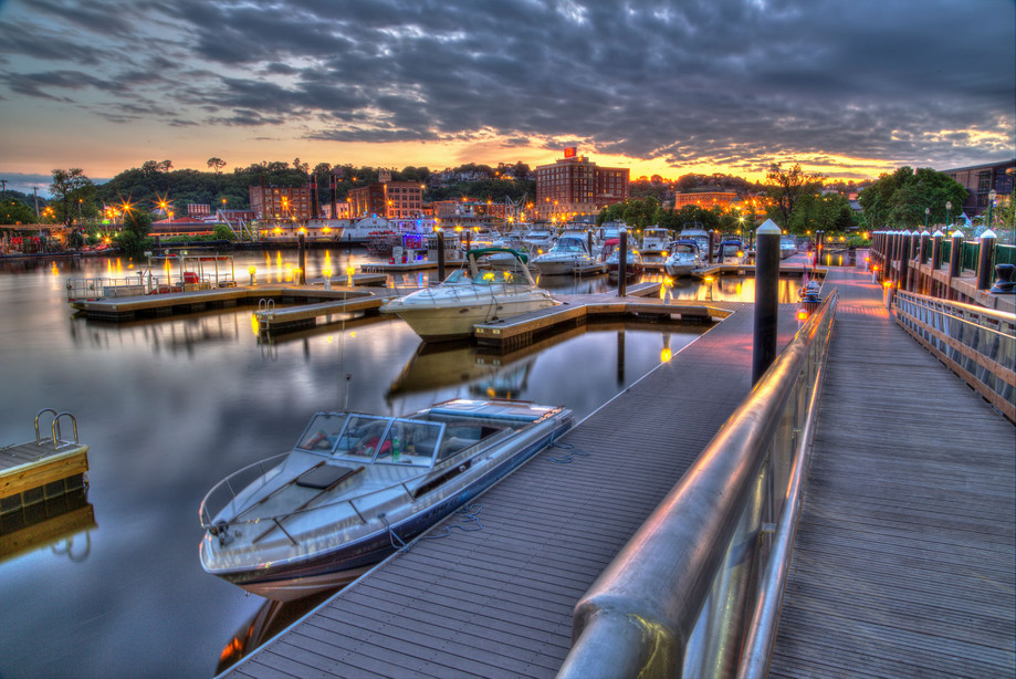 port-of-dubuque-marina.jpg