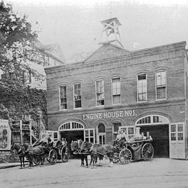 Engine House No[1]. 1 circa 1910.jpg