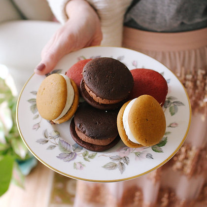 The EVERYTHING Sampler (12 whoopie pies)