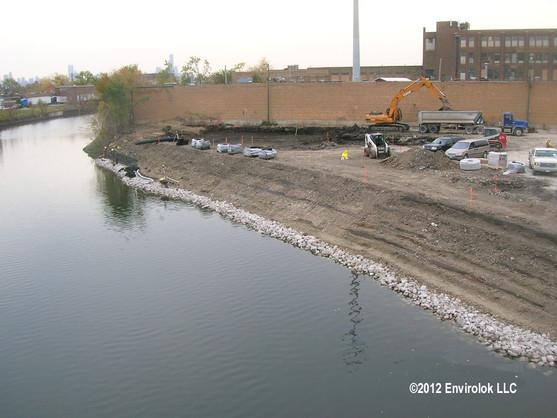 Chicago River  (1).jpg
