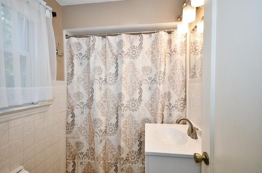Updated full bath on upper level!