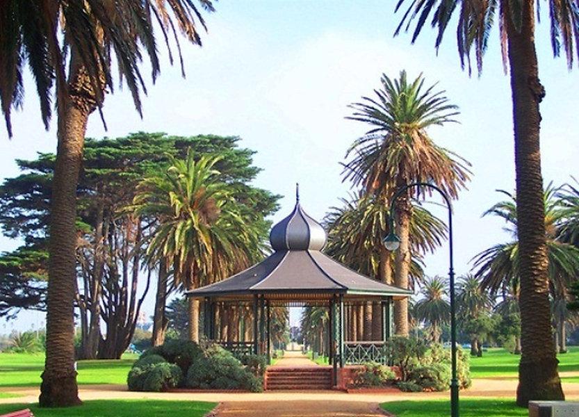 catani_gardens_rotunda.jpg