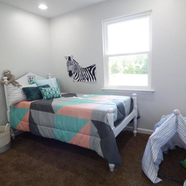 339 Straughns Mill Rd Kids bedroom.jfif