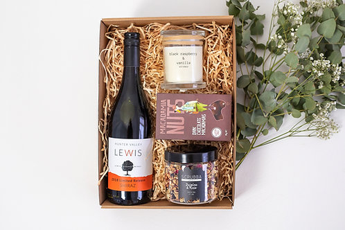 The Happily Ever Pamper Hamper with Shiraz