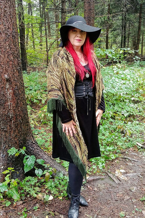 Cerridwen Witchy Shawl