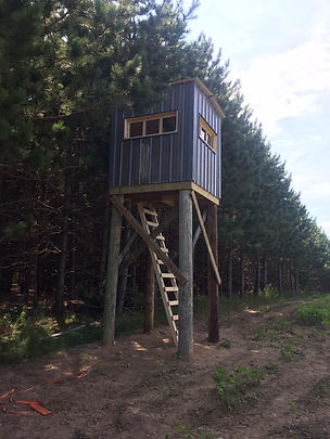 custom built deer box stand in Wisconsin