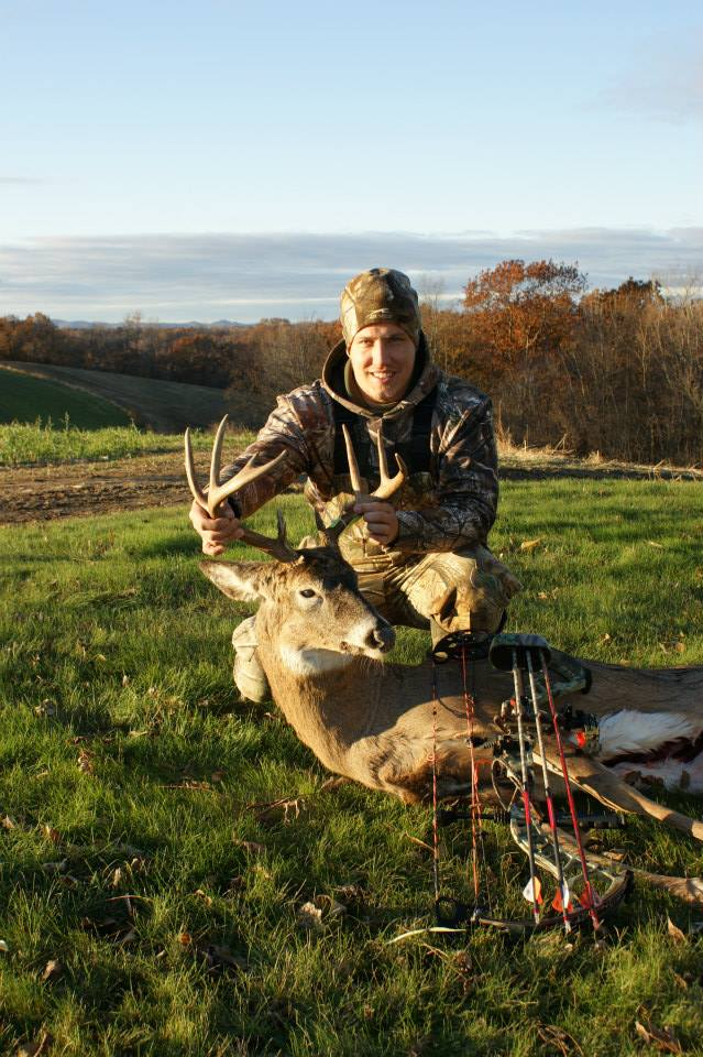 Jake Dahlinger - WI Bow Buck