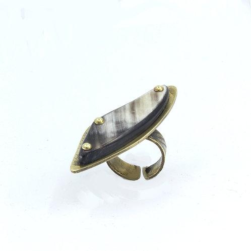 Curvy Statement Ring