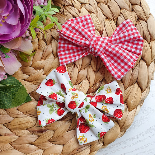 Strawberry Fields Handtied Bow Set