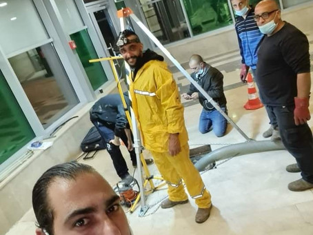 תיקון בנצ'יק בשוחת ביוב בעומק של כ 1.60 מטר