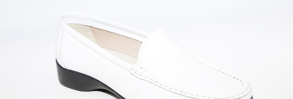 Teresa Torres White Loafer